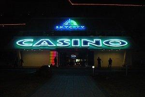 Das Sky City Casino gehört zu den beliebtesten Orten um die Nacht zum Tage zu machen.