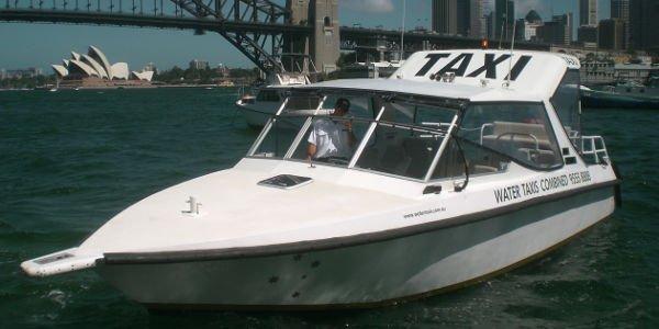 Fortbewegung in Australien - Wassertaxi in Sydney