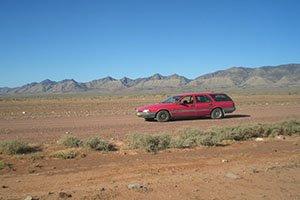 Mit einem Ford Falcon durch das Outback der Flinders Range