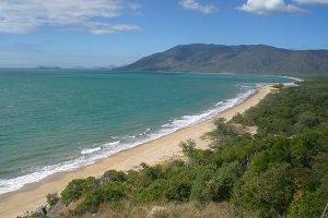 Die wundervollen Strände nördlich von Cairns laden zum Entspannen ein und sind wenig überlaufen.